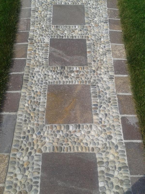 Pavimentazioni in ciottoli pietranova for Ciottoli per giardino on line
